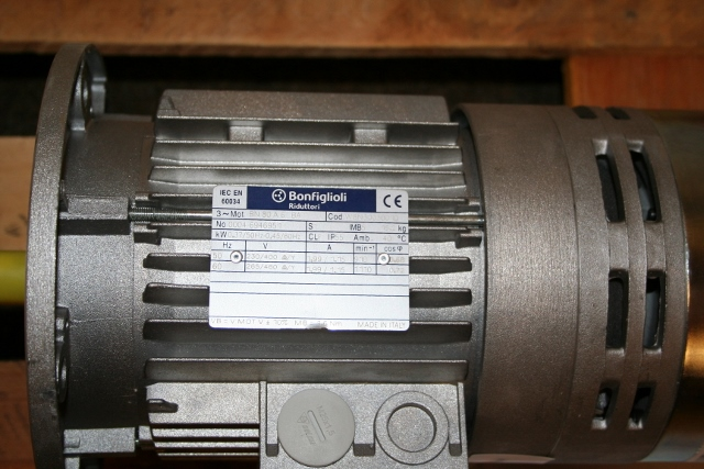 Bonfiglioli Yaw Motor For Nm750 48 910 Rpm With