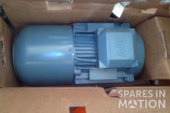 Motor ABB M2ARS 100LC-6 925rpm 2.2Kw 3A a 690v 50Hz 0